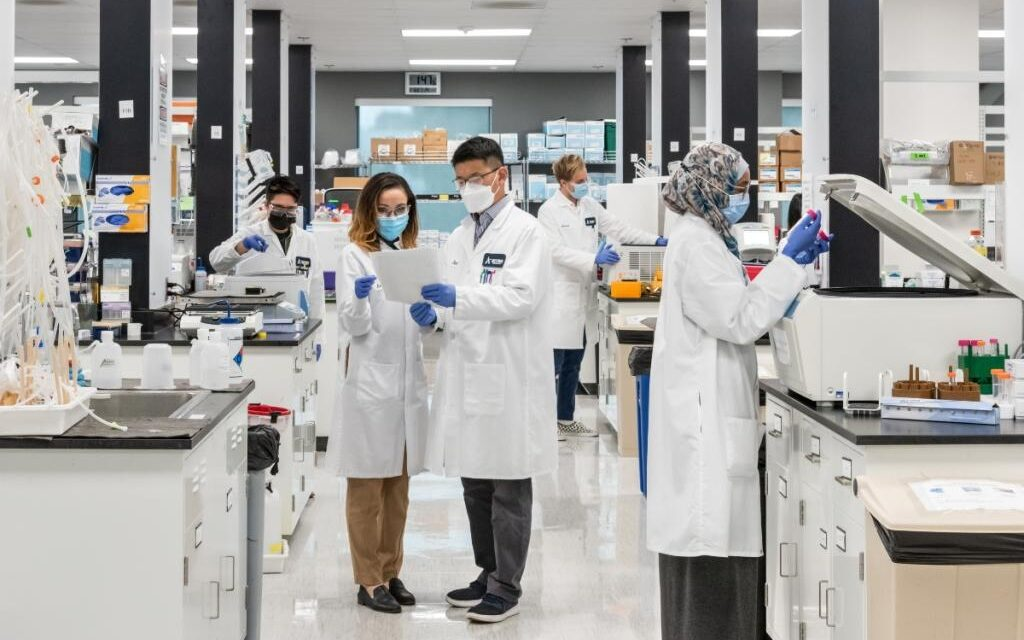 Vingroup Group Tandatangani Kontrak dengan Arcturus Therapeutics Holdings dalam Kerjasama Pembangunan Pabrik Vaksin di Vietnam